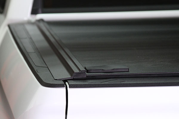 proz-protrack-premium-retractable-tonneau-cover-flush-design