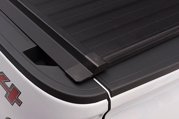 proz ultratrack premium retractable tonneau cover detail