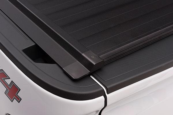 proz ultratrack premium retractable tonneau cover detail