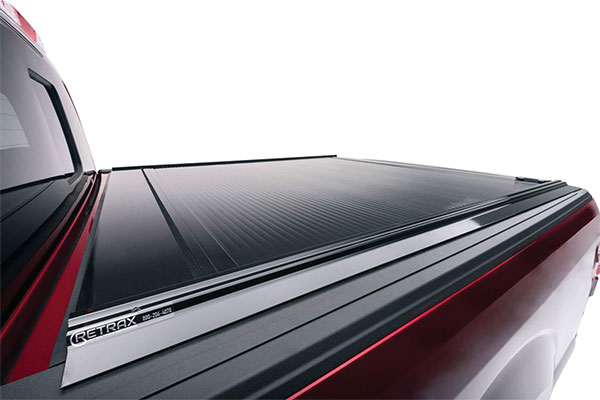 retrax-retraxone-tonneau-cover-flush-fit
