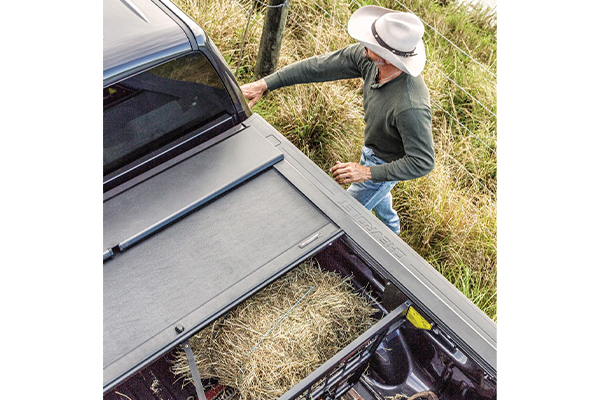 roll n lock a series retractable tonneau cover multiple ratchet style locking positions