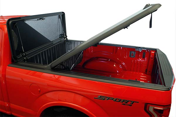 stowe-hinged-toolbox-tonneau-cover-open