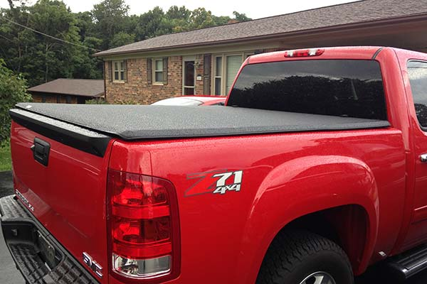 Customer Submitted Image - TonnoPro TonnoFold Tonneau Cover for 2007-2013 Chevy Silverado & GMC Sierra