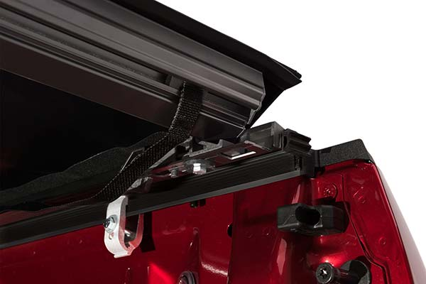 truxedo prox15 soft rolling tonneau cover detail 1