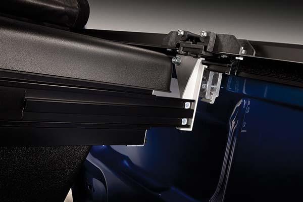 truxedo-tonneaumate-truck-toolbox-detail1