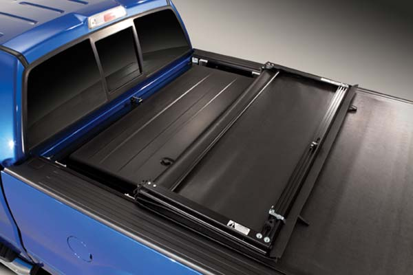 truxedo-tonneaumate-truck-toolbox-half-open