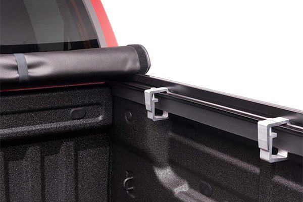 truxedo-truxport-roll-up-tonneau-cover-roll-up-detail