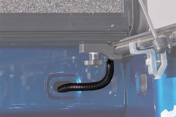 undercover-ultra-flex-tonneau-cover-drain-tube-detail