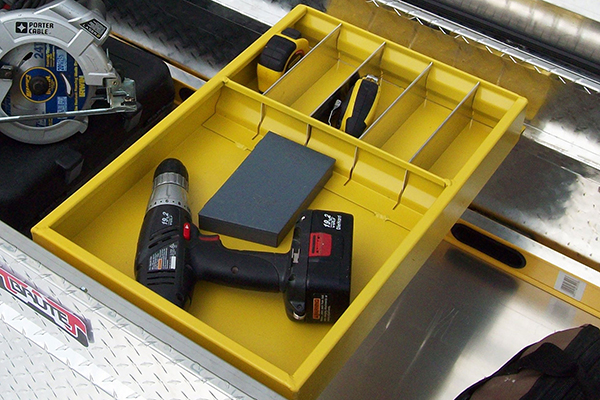 brute pro series gull wing crossover toolbox tray