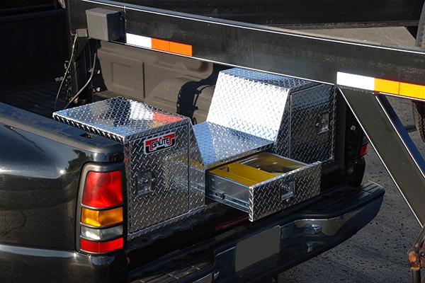 Brute V-Shape 5th Wheel Tool Box - Fifth Wheel Tool Box | AutoAnything™