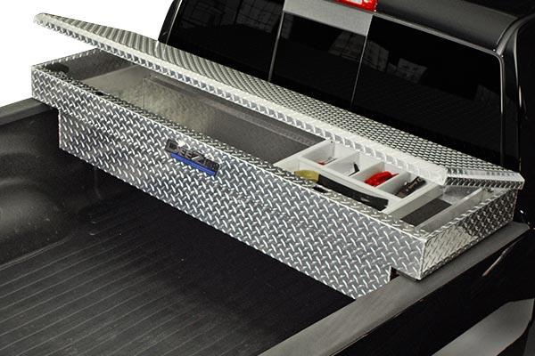 dee zee padlock crossover toolbox installed lid open