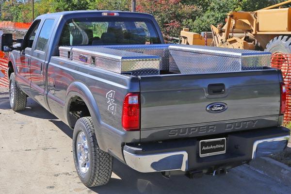 dee zee padlock side mount toolbox job site lifestyle
