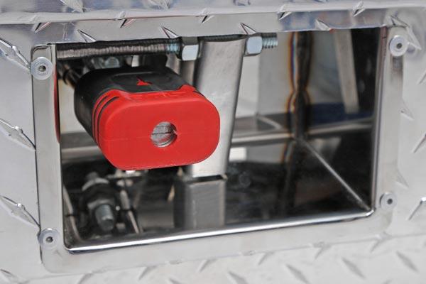 dee zee padlock side mount toolbox lock close up