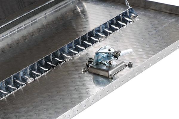 deezee topsider toolbox lock detail