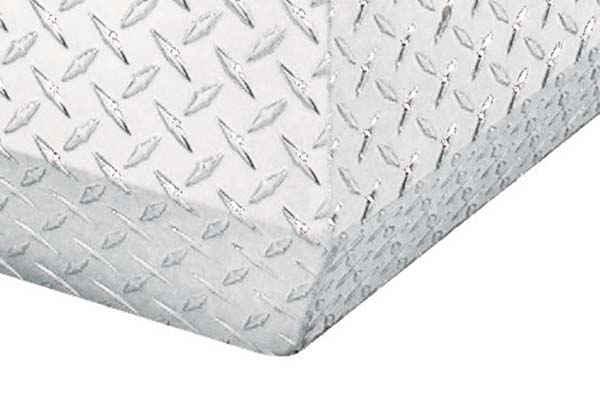 jobox-aluminum-chest-corner-detail