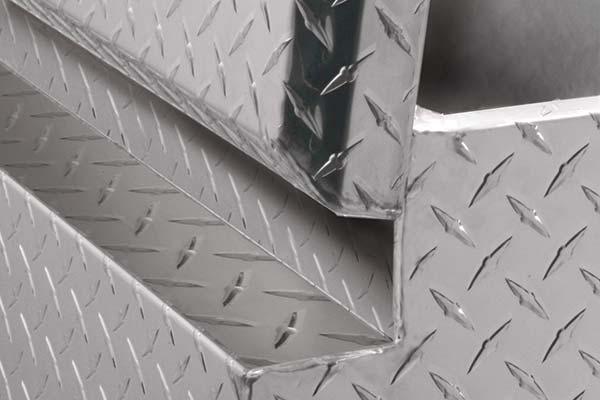 jobox-aluminum-chest-hinge-detail