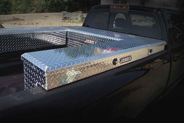 jobox-aluminum-low-profile-crossover-toolbox-installed