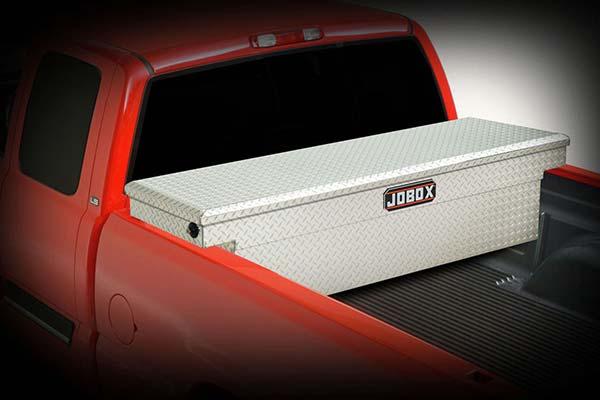 jobox-aluminum-single-lid-crossover-toolbox-installed