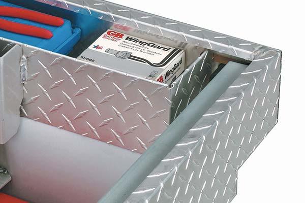 jobox-aluminum-single-lid-super-deep-crossover-toolbox-compartment-detail