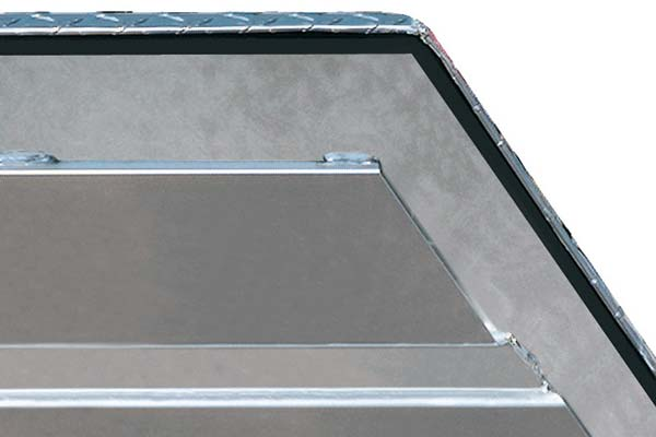jobox-aluminum-trailer-tongue-box-corner1