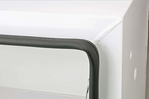 jobox-premium-aluminum-single-lid-crossover-toolbox-corner-detail2