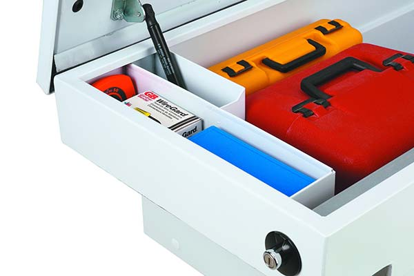 jobox-premium-steel-gull-wing-crossover-toolbox-compartment-detail