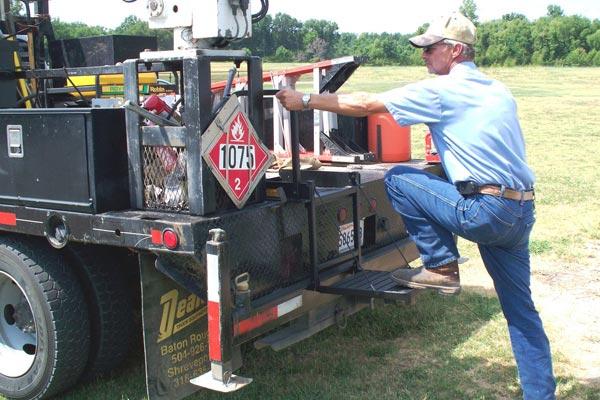 great day truck n buddy tailgate step heavy duty