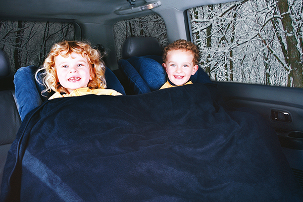 heated travel blanket in use children