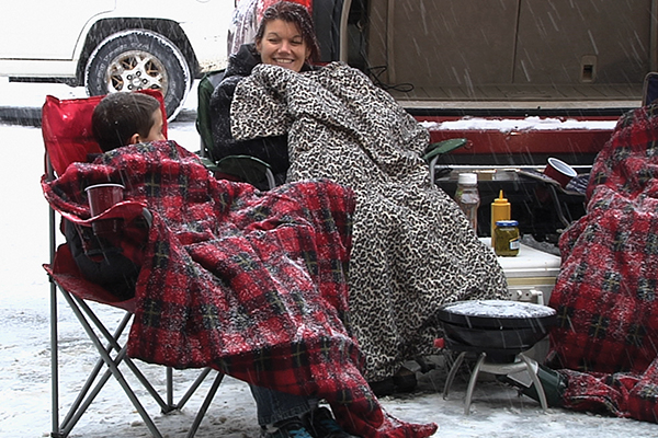 heated travel blanket tailgating