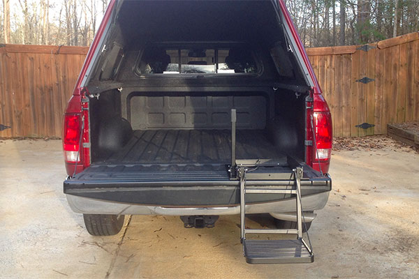 7423 great day tailgate step rear