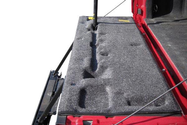bedrug tailgate mat red