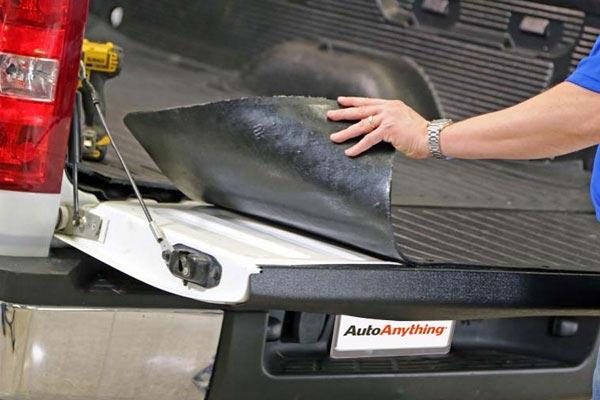 dee zee heavyweight tailgate mat demo