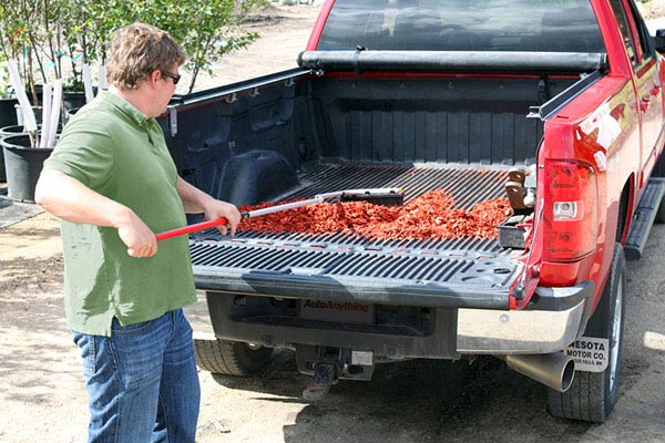 du ha reach e z extendable cargo retriever mulch