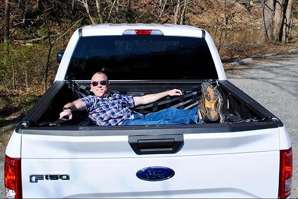 jammock-truck-hammock-lifestyle1