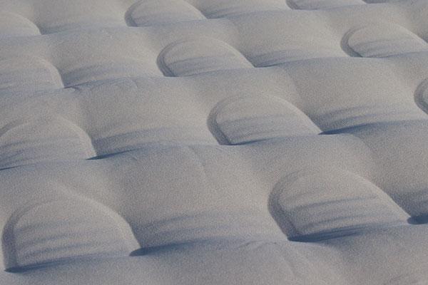 proz-adventurer-truck-bed-air-mattress-top-detail