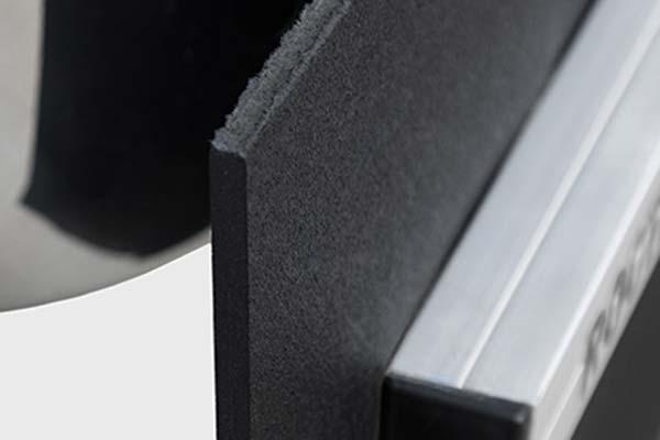 rockstar-roxter-hitch-mounted-mud-flaps-detail-rubber