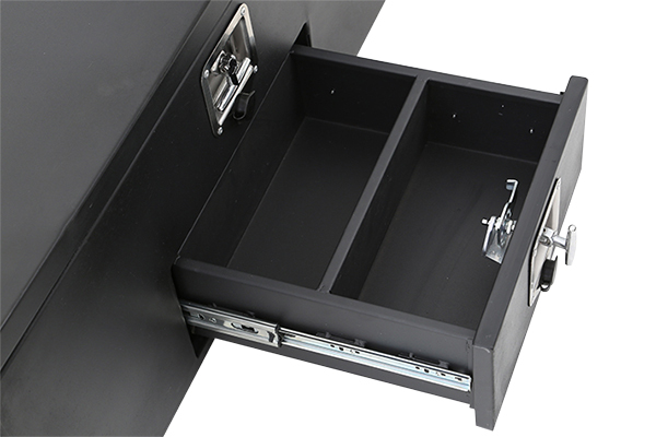 smittybilt adventure box drawer open
