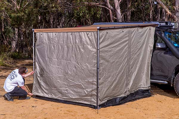arb-deluxe-awning-room-closed