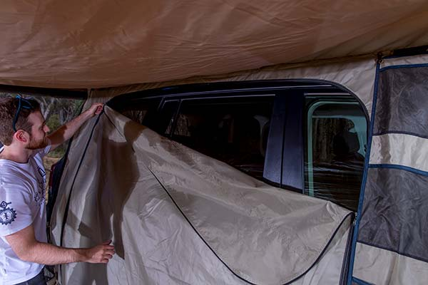arb-deluxe-awning-room-setup