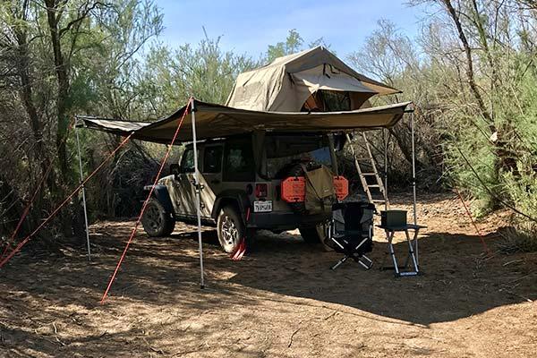 smittybilt overlander rooftop tent lifestyle