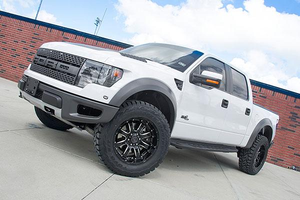 black rhino sierra wheels lifestyle 2