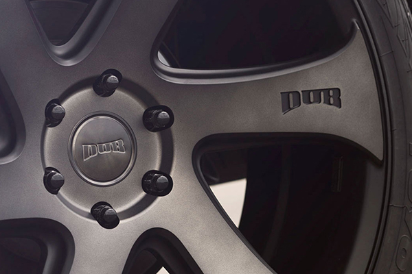 dub swerv wheels installed detail