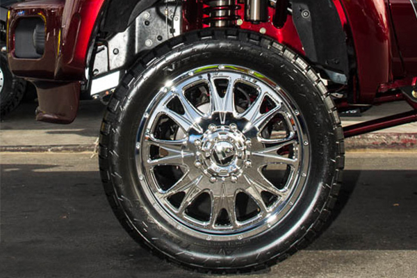 fuel throttle dually wheels chrome detail