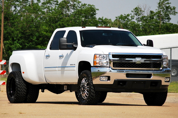 fuel throttle dually wheels silverado lifestyle