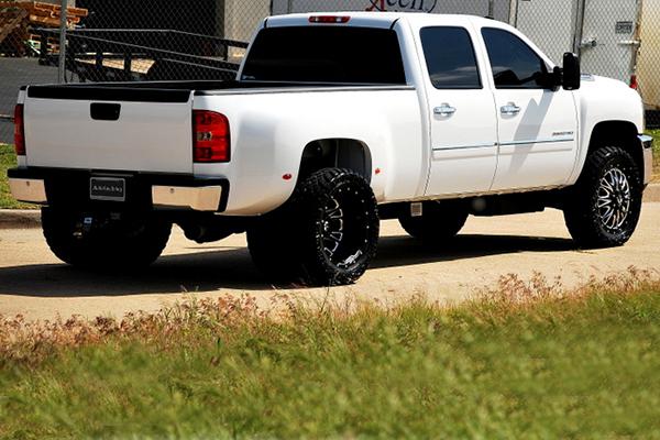 fuel throttle dually wheels silverado rear lifestyle