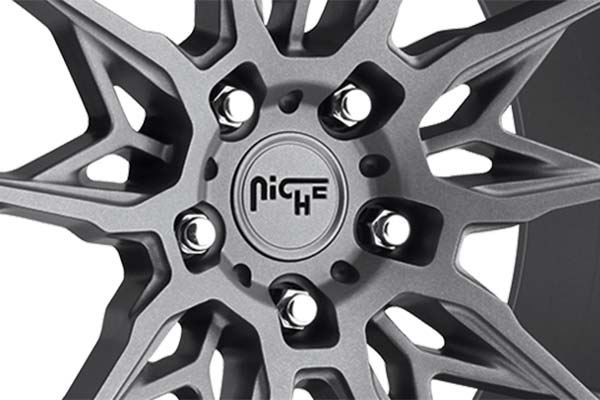 niche staccato wheels center