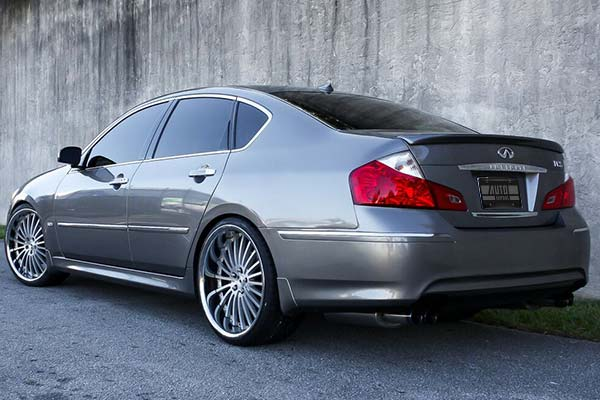 xo-luxury-new-york-x130-wheels-matte-silver-brushed-face-lifestyle1