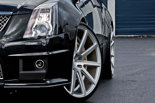 xo-luxury-tokyo-x201-wheels-matte-silver-brushed-face-lifestyle