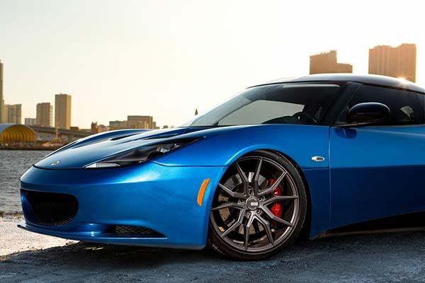 xo-luxury-verona-x253-wheels-gunmetal-lifestyle2