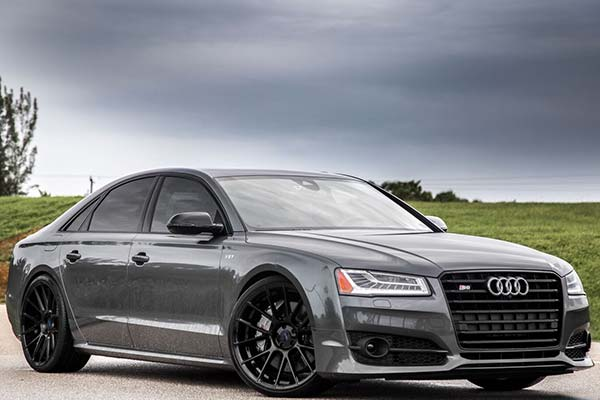 xo-luxury-xf1-wheels-gloss-black-lifestyle1